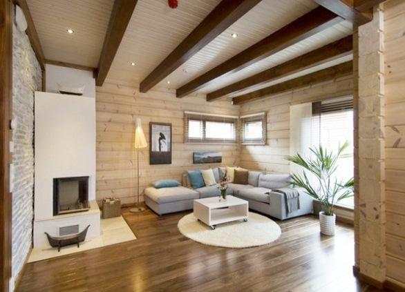 Дизайн потолка в загородном доме