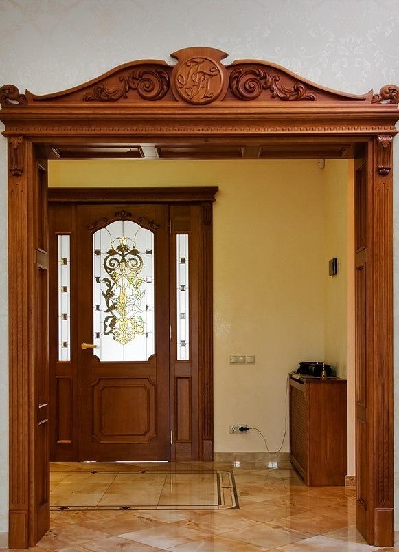 арки и порталы межкомнатные больных одеждах пёстрых