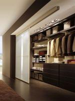 Как сделать гардеробную в комнате?