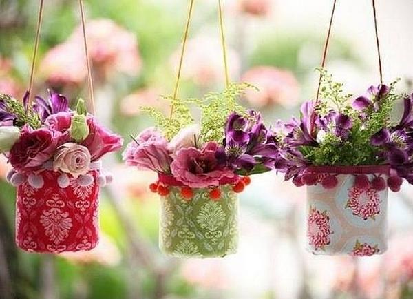 Вазон для цветов из пластиковых бутылок своими руками