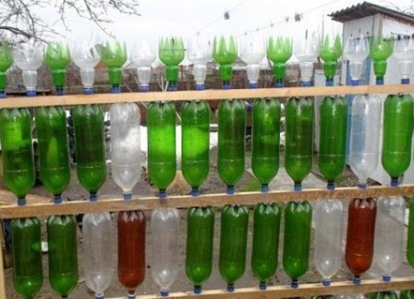 Сарай из пластиковых бутылок