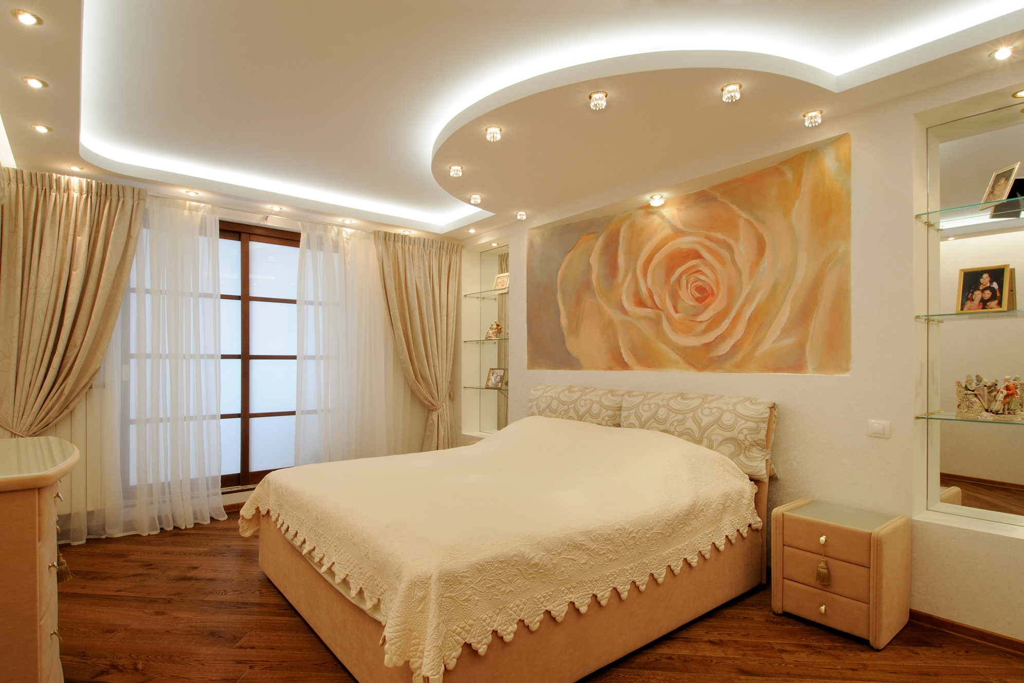 Дизайн потолков в спальне из гипсокартона