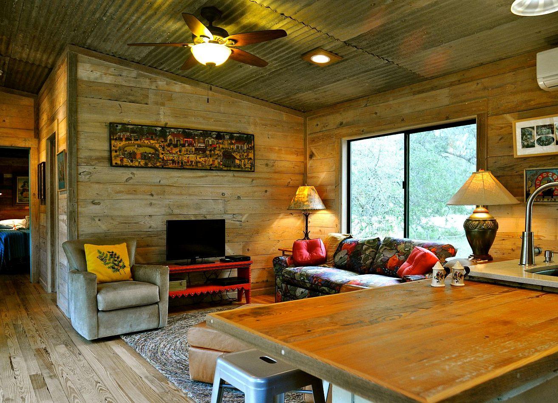 Интерьеры деревянных дачных домов внутри фото