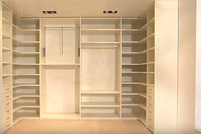 Шкаф в спальне своими руками 95