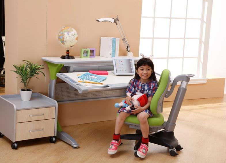Детский письменный стол своими руками. делаем письменный сто.
