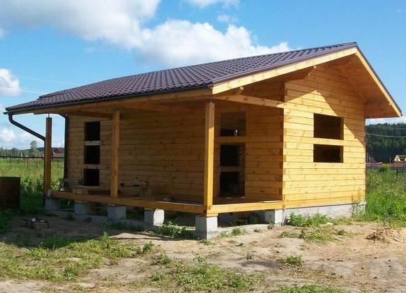 Строительство крыши на бане