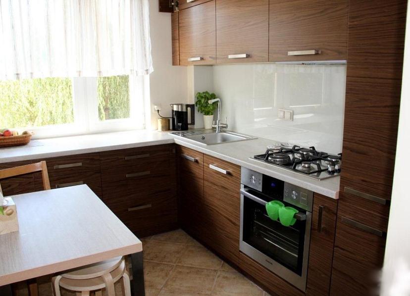 Небольшая кухни дизайн