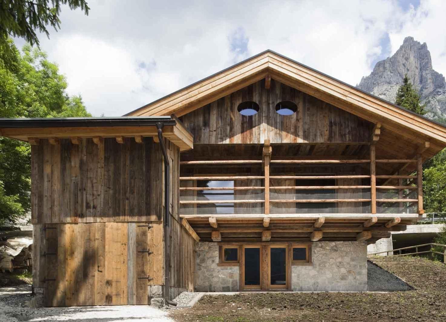 Дом в альпийском своими руками