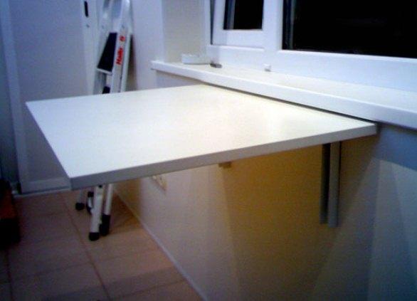 Раскладной стол по подоконник своими руками