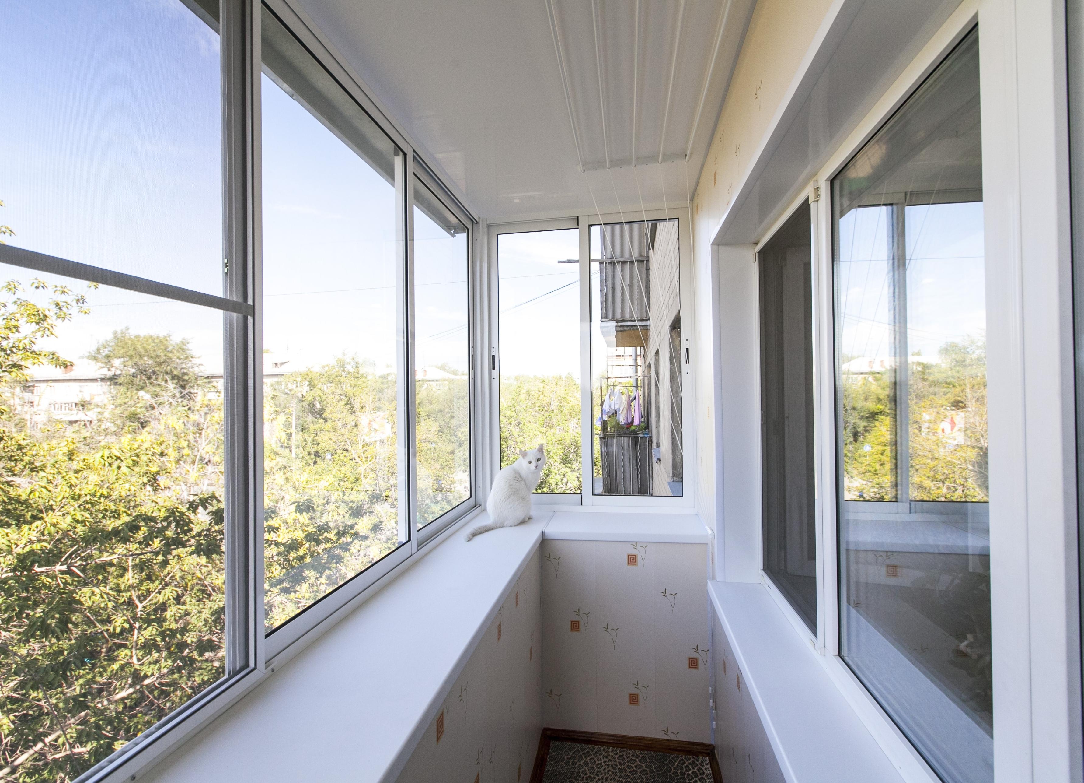 Остекление балконов алюминиевыми раздвижками pro handmade.