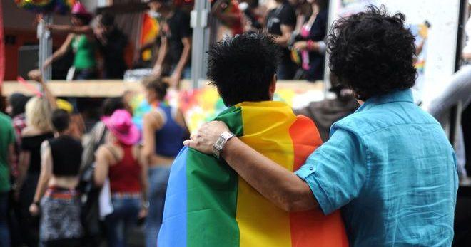 брутальные очень активные геи расслабляются