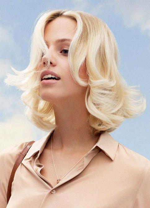 Укладки на средние волосы для овального лица