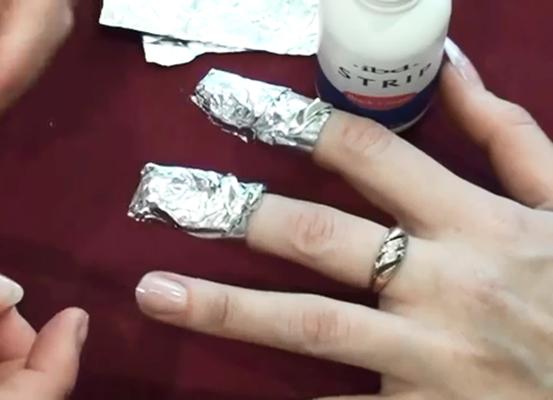 Снятие ногтей в домашних условиях