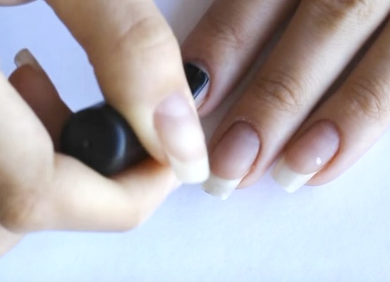 Укрепление ногтей акриловой пудрой: как подготовить ногти?