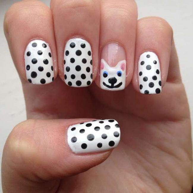 Рисунок на ногтях с помощью дотса