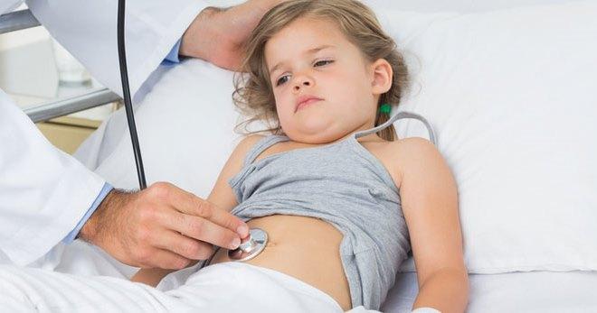 У ребенка часто болит живот