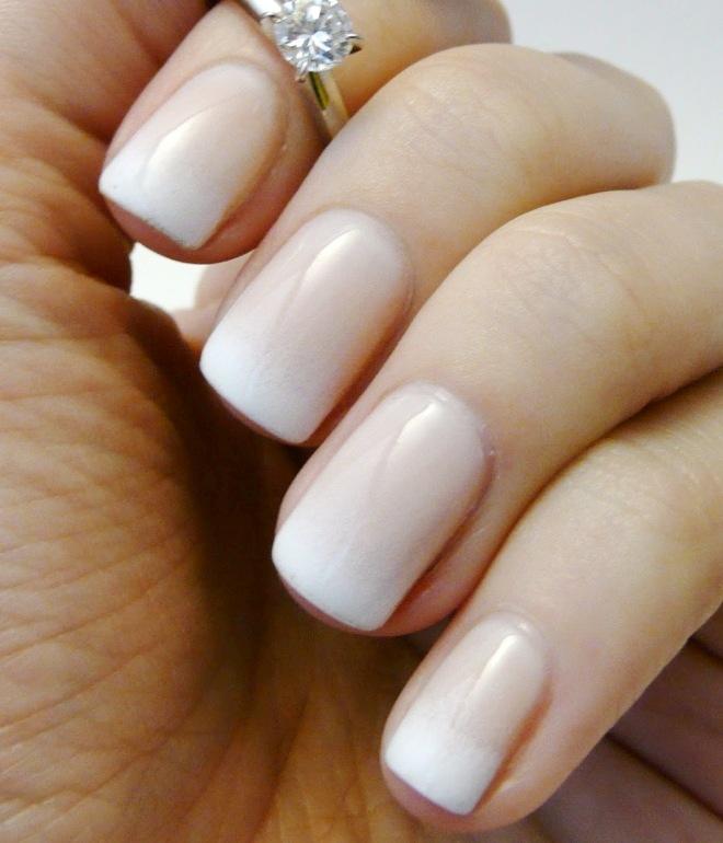 френч гель лаком на коротких ногтях 1