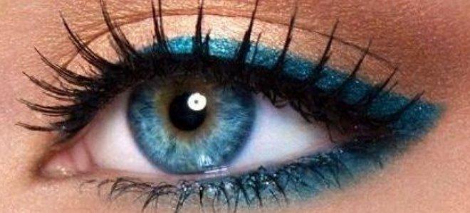 Как использовать красные оттенки в макияже глаз рекомендации