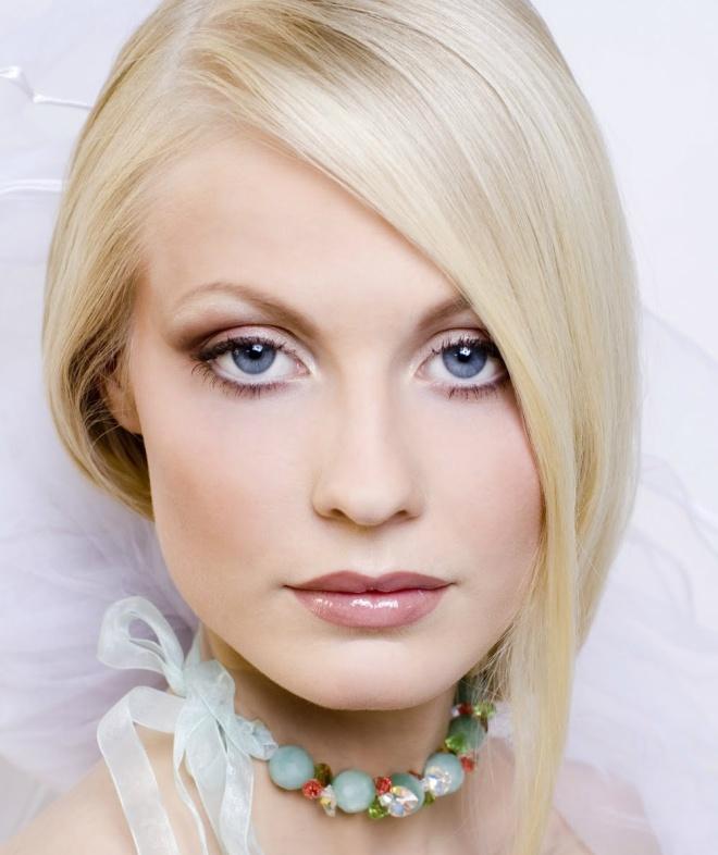Макияж для блондинок с голубыми глазами 1