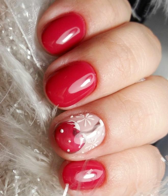 маникюр на короткие ногти красным гель лаком 3