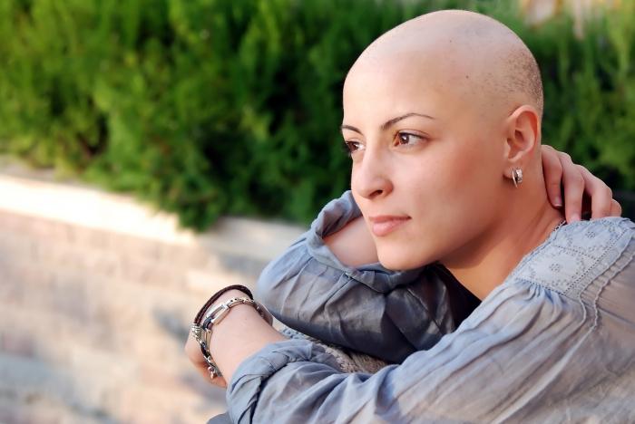 Через сколько после химиотерапии выпадают волосы