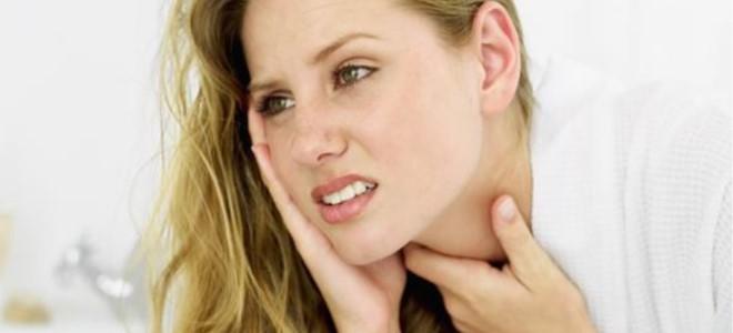 Можно ли полоскать горло мирамистином при беременности