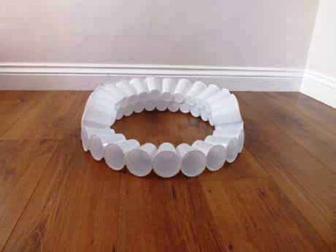поделки из пластиковых стаканчиков на новый год1