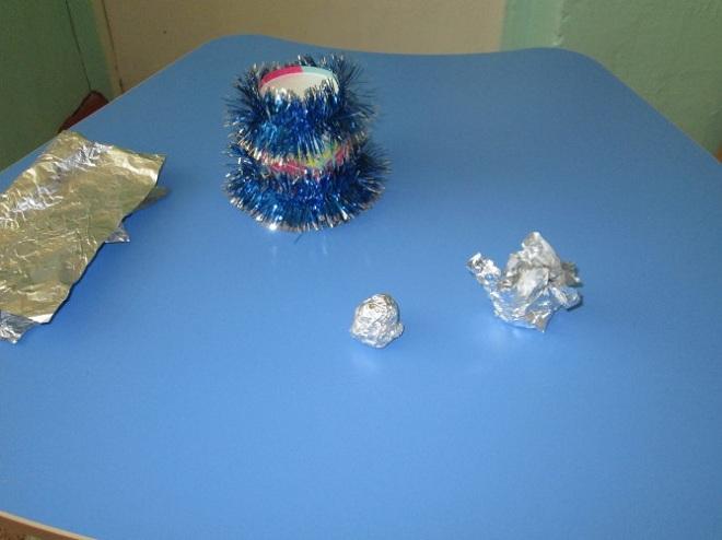 поделки из пластиковых стаканчиков на новый год14