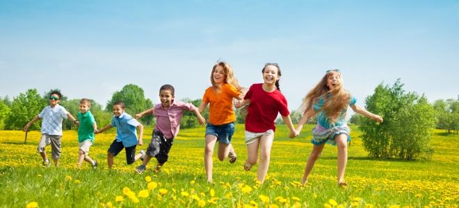 Подвижные игры для детей на улице летом