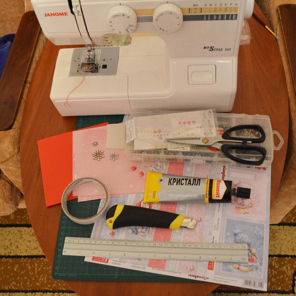 Швейная машинка для скрапбукинга