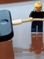 Что делать, если телефон не заряжается?