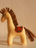Лошадь из фетра - игрушка своими руками