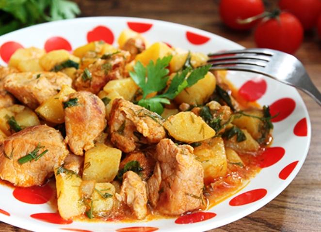 Жаркое из свинины с картошкой рецепт пошагово в кастрюле