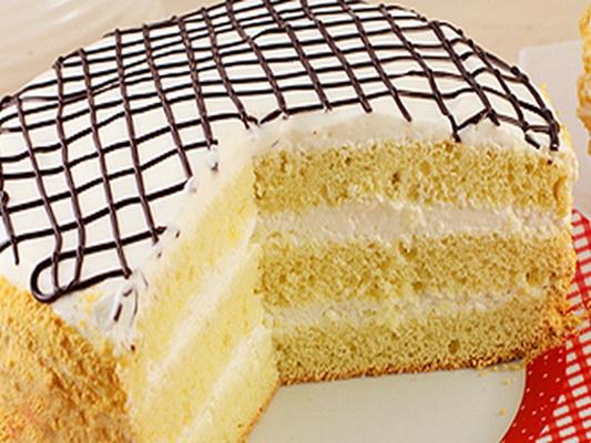 рецепт бисквитного торта с белковым кремом фото