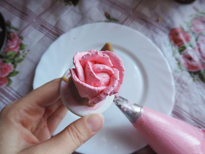 Как сделать крем для розочек на торте
