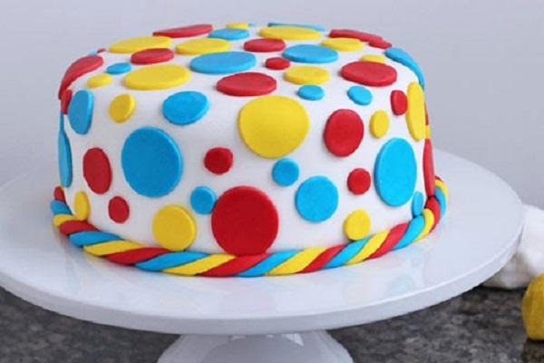Торт двухъярусный с мастикой для начинающих 72