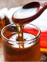 Из чего делают кленовый сироп?