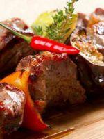 Шашлык из свинины - рецепты вкусного блюда для пикника и варианты маринадов на любой вкус!