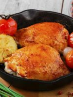 Жареная курица на сковороде - самые вкусные рецепты сытных блюд для праздника и не только!