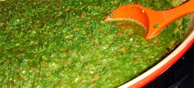 Аджика из зеленых помидор с хреном