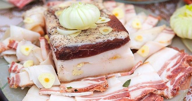 Сало в рассоле - интересные идеи приготовления закуски горячим и холодным способом