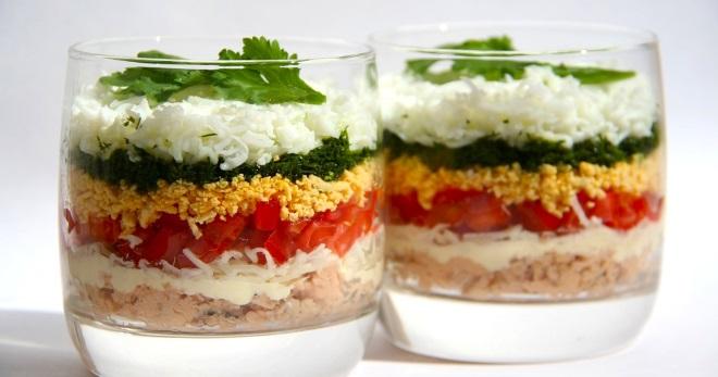 слоеные салаты с крабовыми палочками рецепты с фото