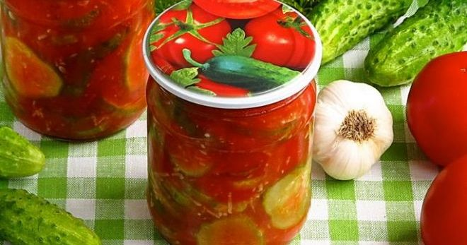 рецепт огурцы в томатной заливке на зиму с чесноком