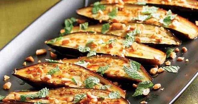 Баклажаны в духовке - вкусные рецепты праздничных угощений и блюд на каждый день