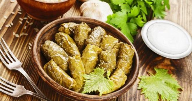 Долма в виноградных листьях – рецепты вкусного кавказского блюда