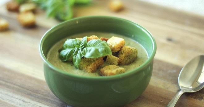 Суп-пюре из брокколи - блюдо для всей семьи и на каждый день!