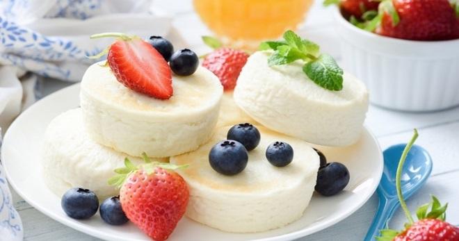 Десерт из творога по самым вкусным рецептам и с очень аппетитными наполнениями