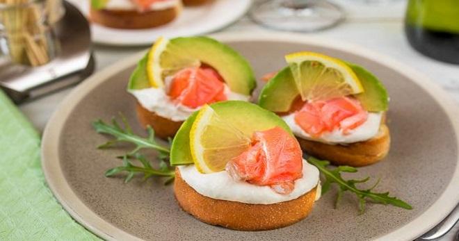 Бутерброды с красной рыбой – оригинальные идеи для фуршетного стола