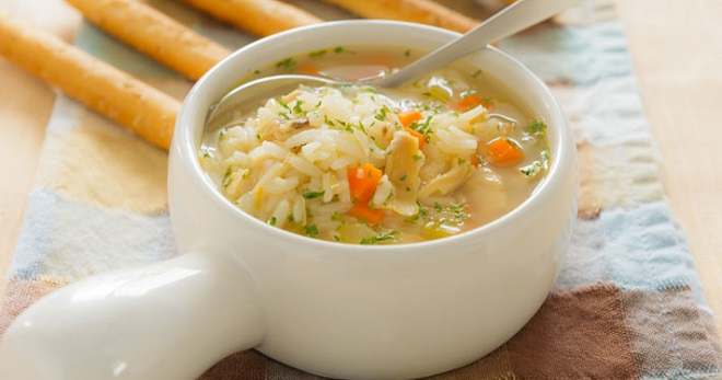 Куриный суп с рисом - лучшие рецепты простого легкого блюда