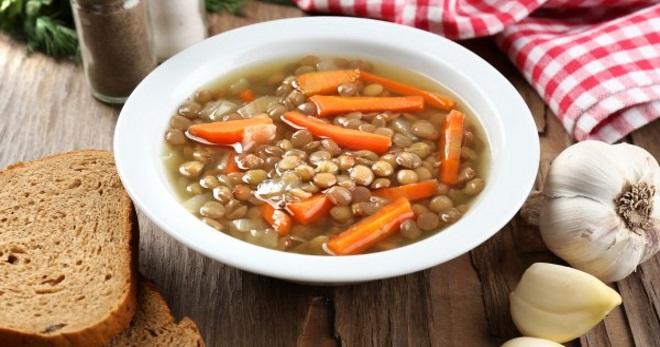 Постный суп из чечевицы - очень вкусное, ароматное и сытное блюдо!